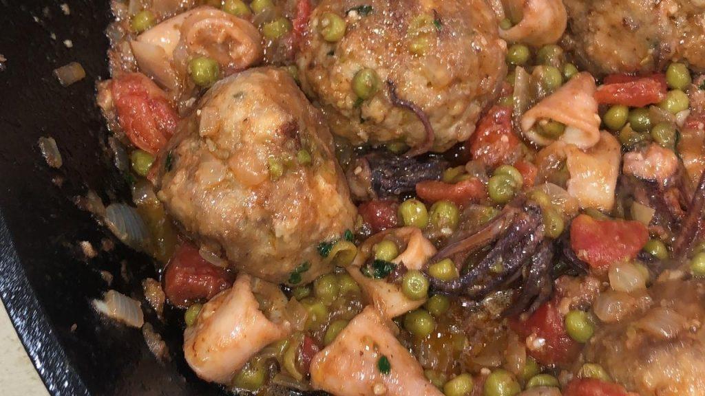 Gemi Bertran's Blog: Meatballs with Calamari and Peas
